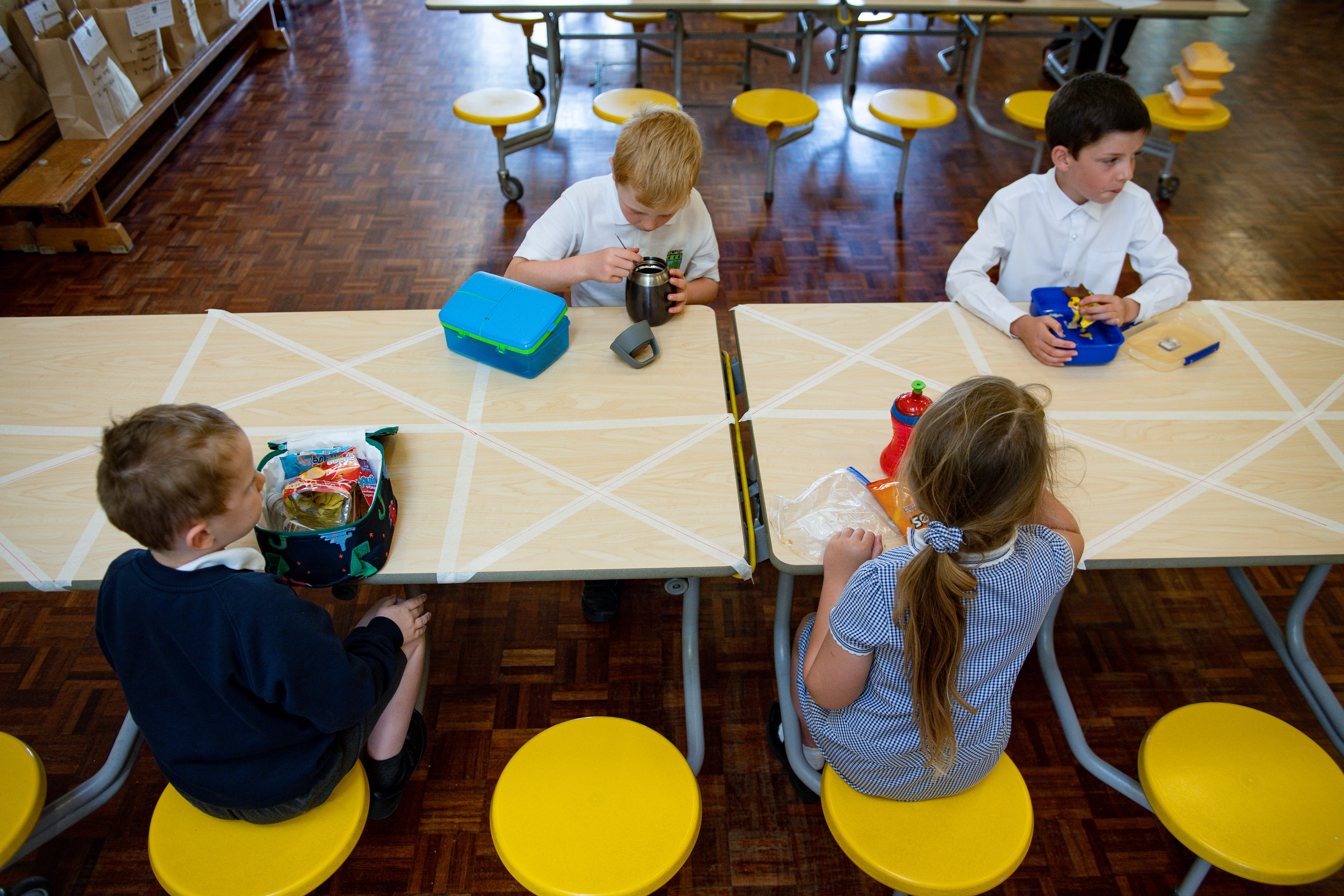 A community rallies round against child hunger