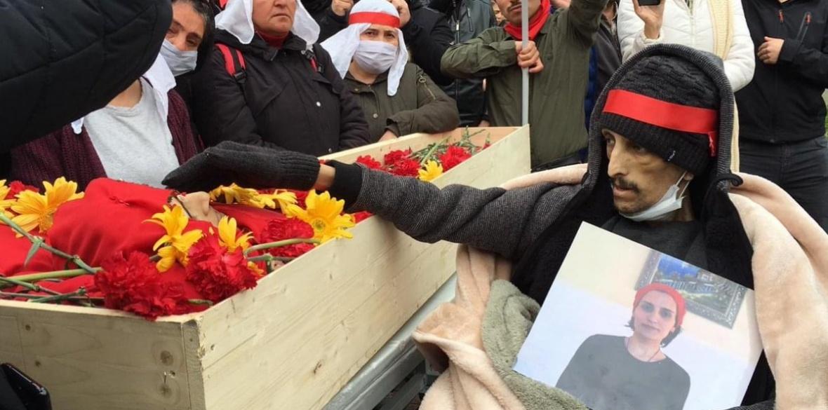 Helin Bölek's funeral