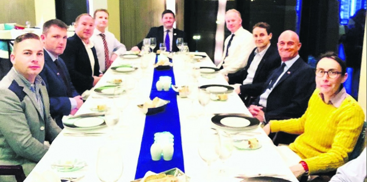 British General Paul Nanson (fourth left) dines with other commanders in Bahrain