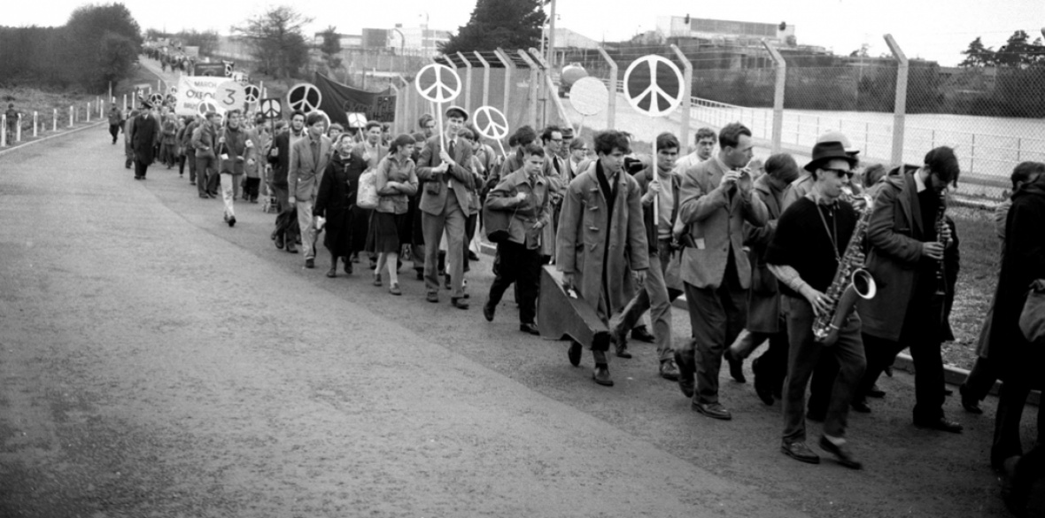 British 1950s anti-nuclear weapons demonstration