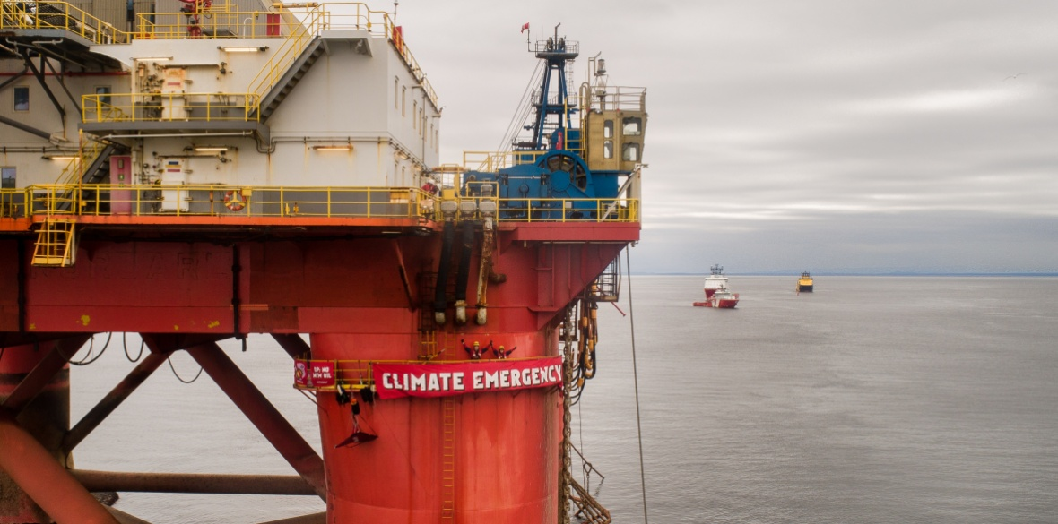 Greenpeace activists prepared to continue BP oil rig occupation 'for