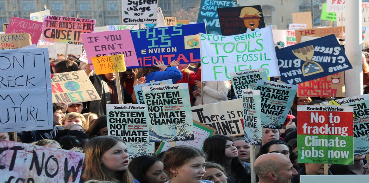London striking students' pro-climate march, photo by Ceren Sagir