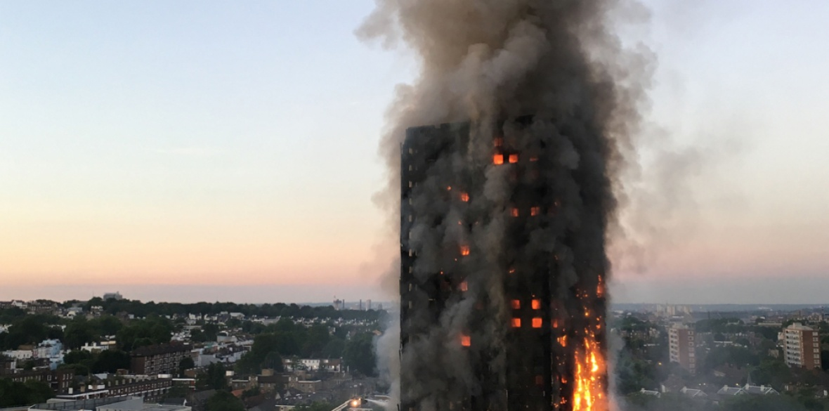 London Grenfell Tower burning, 14 June 2017