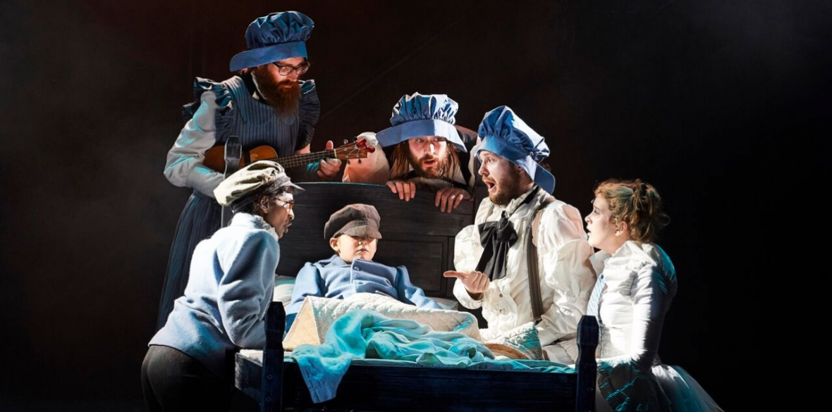 How Long Is The Christmas Carol Play.Theatre Review Christmas Carol Out Of Tune Morning Star