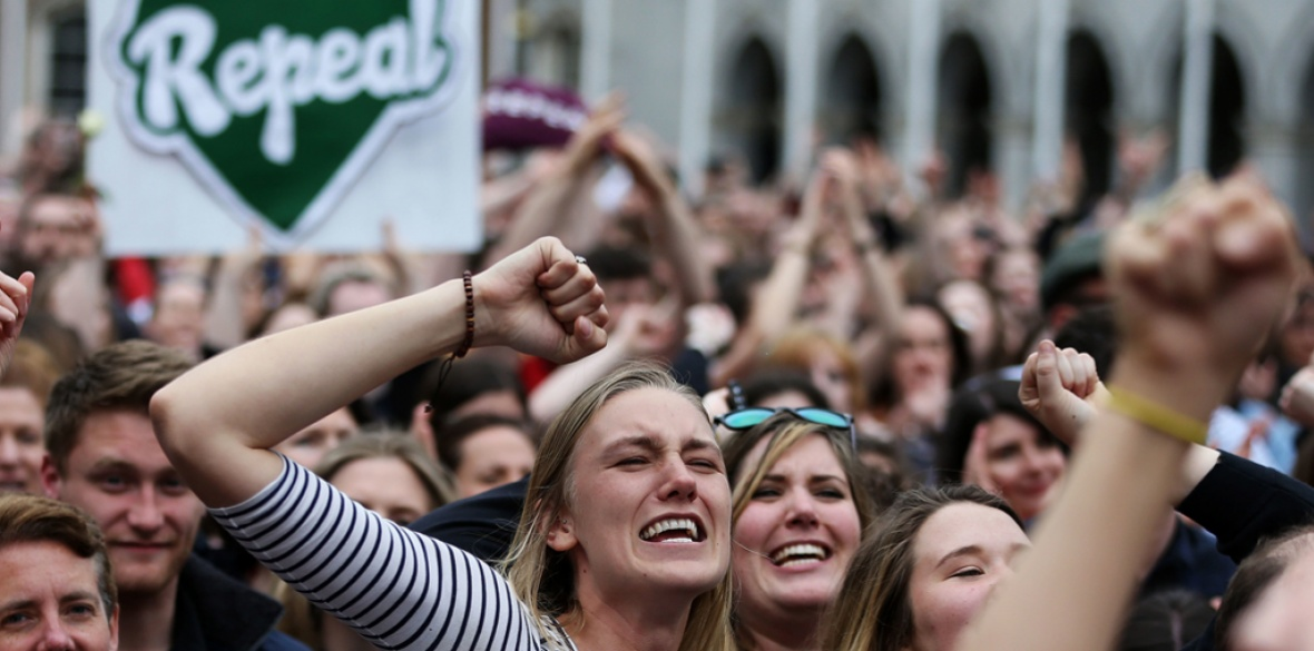 Irish voters rejoice about referendum victory