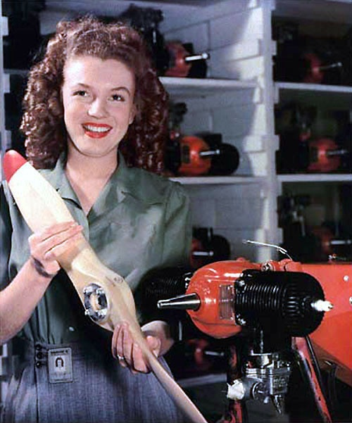 Marilyn Monroe modelling an early early drone for the Radioplane Company