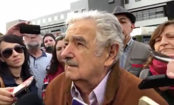 Jose Mujica speaks to reporters after visiting Lula in prison in Brazil